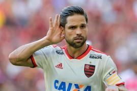 Diego comemora gol durante Flamengo x Bahia realizada no Estadio do Maracanã pela 8ª rodada do Campeonato Brasileiro no Rio de Janeiro, RJ.